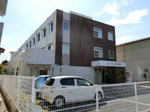富士市にあるサービス付高齢者向け住宅のヒューマンヒルズ森島です。