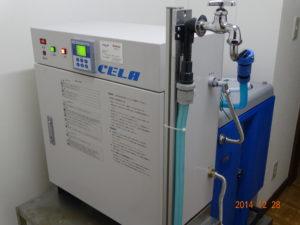 弱酸性次亜塩素酸水(商品名:セラ)の生成装置の写真