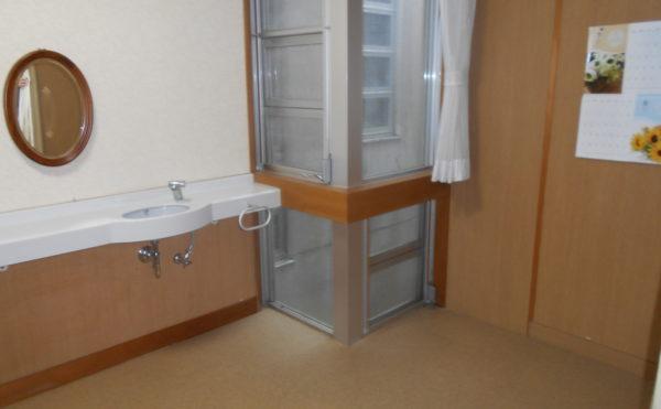 特別養護老人ホームカリタス21室内洗面