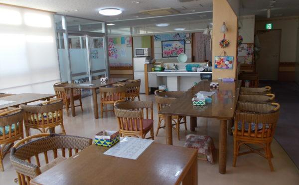 静岡市葵区の介護付き有料老人ホーム ライフサポート城北はご入居者様の有する能力に応じて介護プランを作成し可能な限り自立した日々の暮らしを過ごす事が出来る施設です。