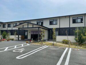 浜松市浜北区にある介護付き有料老人ホームのアンサンブル浜松尾野です。