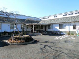 富士宮市にある住宅型有料老人ホームのクローバーガーデン富士宮です。