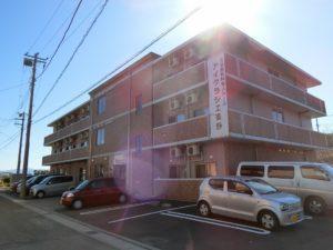 裾野市にある住宅型有料老人ホームのアイクラシエ裾野です。