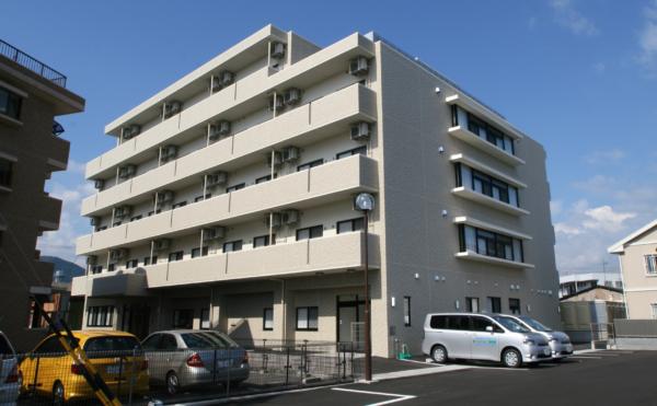 にある住宅型有料老人ホーム ベストライフ静岡葵