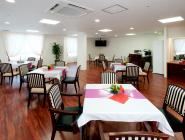 食堂 開放的な空間で広々としているので、集う人たちが笑顔で過ごす事ができる食堂です。 (ラ・ナシカ三保の松原)