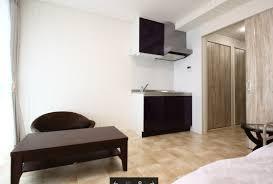 居室① ミニキッチン・バス・トイレ付きの居室で内装インテリアもお洒落な仕上げになっています。(ココファミリア沼津)