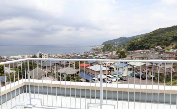 4階の2人部屋から見える眺望が見応えあります。熱海の海を眺めながら毎日を過ごすことが出来ます。(フレンズ南熱海)