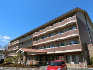 富士宮市にある介護付有料老人ホームのふるーら泉です。