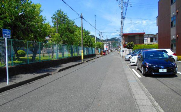 前面道路① (プレミアムハートライフ大岩)