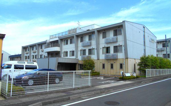 静岡市葵区にある介護付有料老人ホーム プレミアムハートライフ千代田