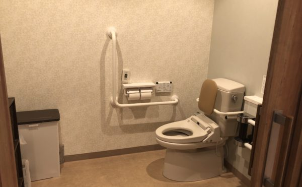 共有トイレ。