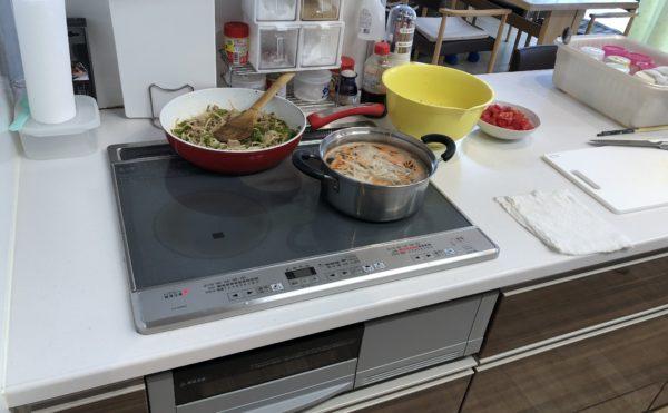 美味しそうな手作り料理。