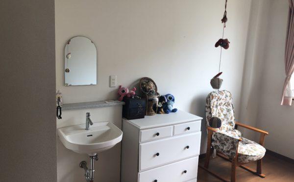 居室② 居室には一体スペースに洗面が配置されて安心して利用する事が出来ます。(グループホームケアクオリティ望静大前)