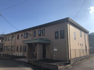 静岡市葵区にあるグループホームのグループホーム服織です。