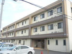沼津市にある介護付有料老人ホームのウェルビーイング岡宮です。
