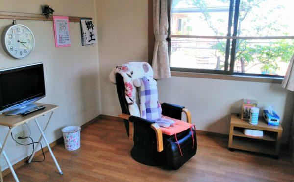 居室 大きな窓と広いスペースでゆったりと毎日を快適に過ごす事が出来ます。(グランマ「ハノン」&「カノン」)