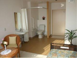 居室② 洗面・トイレスペースが居室と一体となっており安心して利用することが出来ます(ベストライフ浜松東)
