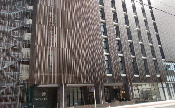 外観② 8階建てのシャープで洗練された建物は周囲に存在感のある建物になっています。(コルディアーレ藤枝)