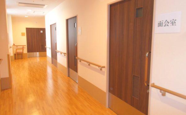 清潔な廊下