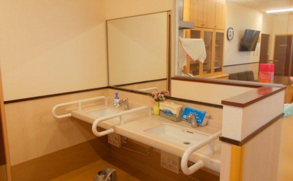 リビング内の洗面台