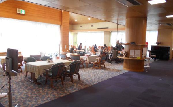 共用の食堂