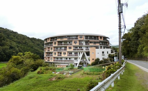 伊豆市にある住宅型有料老人ホーム ライフハウス友だち村