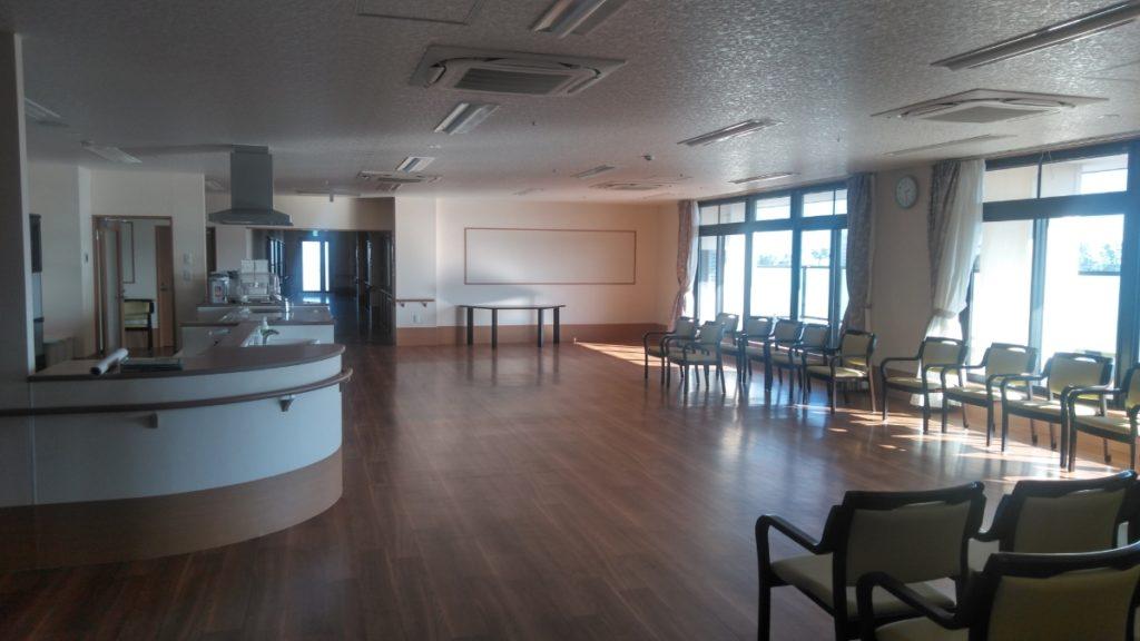 浜松生楽館には大広間があり、ご入居者同士での交流やご家族での面会などができ、それぞれのご利用に合わせた自由な使い方のできる空間となっております。