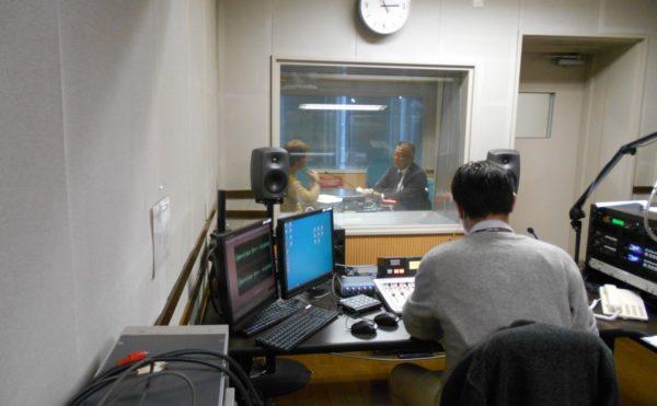 SBSラジオにて毎週水曜日11:35頃より「教えて!しずなび介護なび」の番組が始まります。