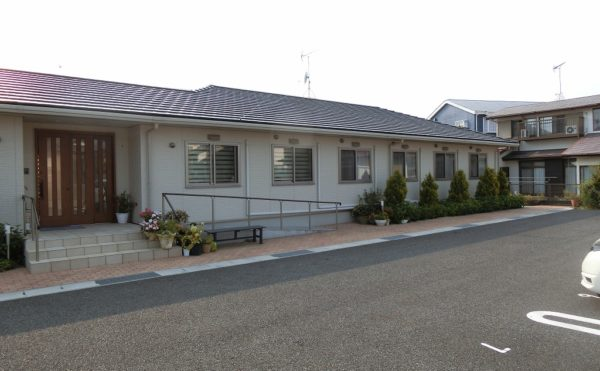 《静岡県沼津市 グループホーム》認知症により一人暮らしが難しくなってきた姉の施設を探したい