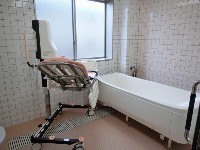 浴室は4か所あり、はリフト浴は1つです。(ル・グランガーデン長泉)