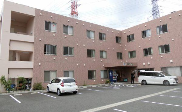 沼津市内で生活中のご夫婦が長泉町の住宅型有料老人ホームにご入居されました。