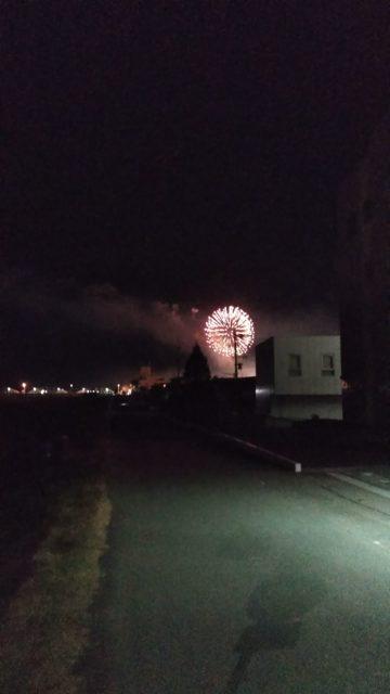 静岡県安倍川河川敷での花火