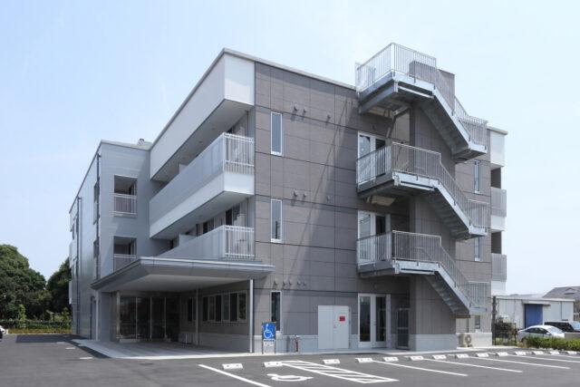 静岡県浜松市のサービス付き高齢者向け住宅「シャトー高丘」はスタイリッシュなデザインと、安心の生活サポートのある賃貸住宅です。