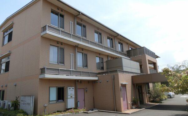 伊豆の国市の病院から沼津市内の住宅型有料老人ホームへの入居事例