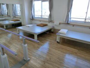 広い機能訓練スペース設備(マ・メゾン三島エスプリーブル)