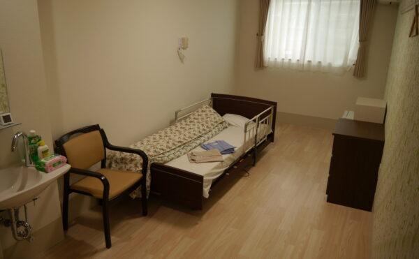 モデルルーム ※介護ベッド・収納×2・洗面・エアコン・ナースコール完備の充実設備